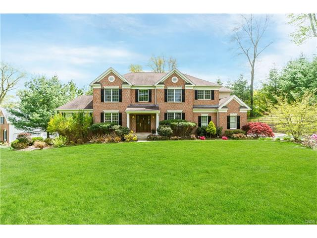 4 Chelsea Dr, Danbury, CT - USA (photo 1)