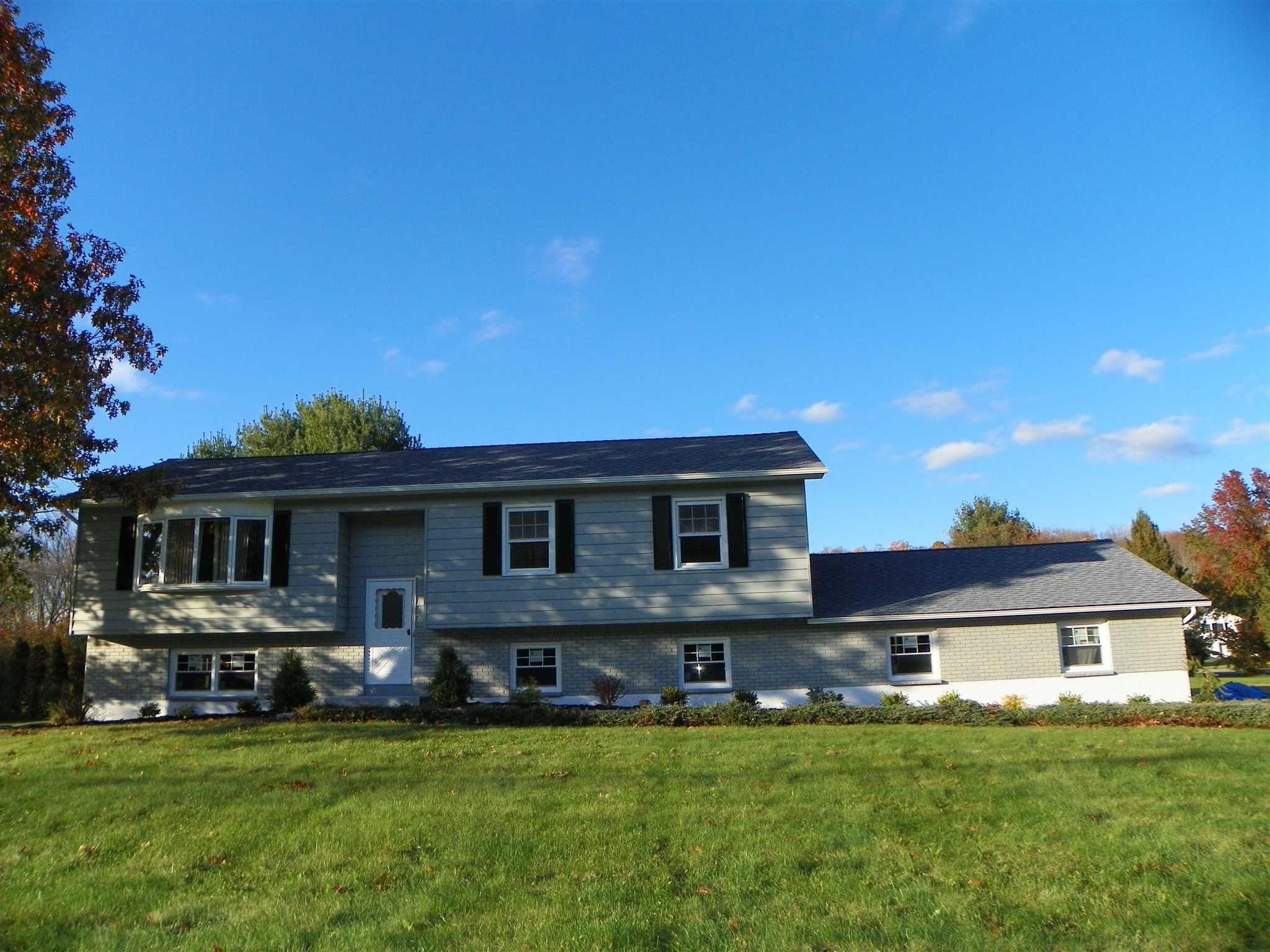 120 Brandy Ln, East Fishkill, NY - USA (photo 2)